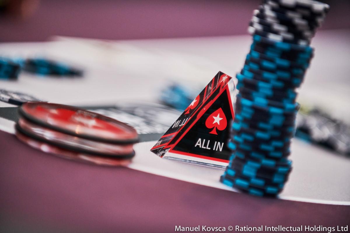 Three Card Poker -768134