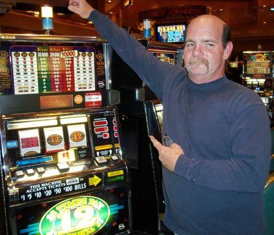 Huge Winners Casino -901045
