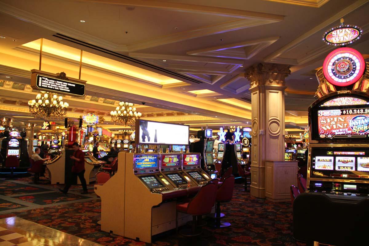 Big Top Vegas -785172