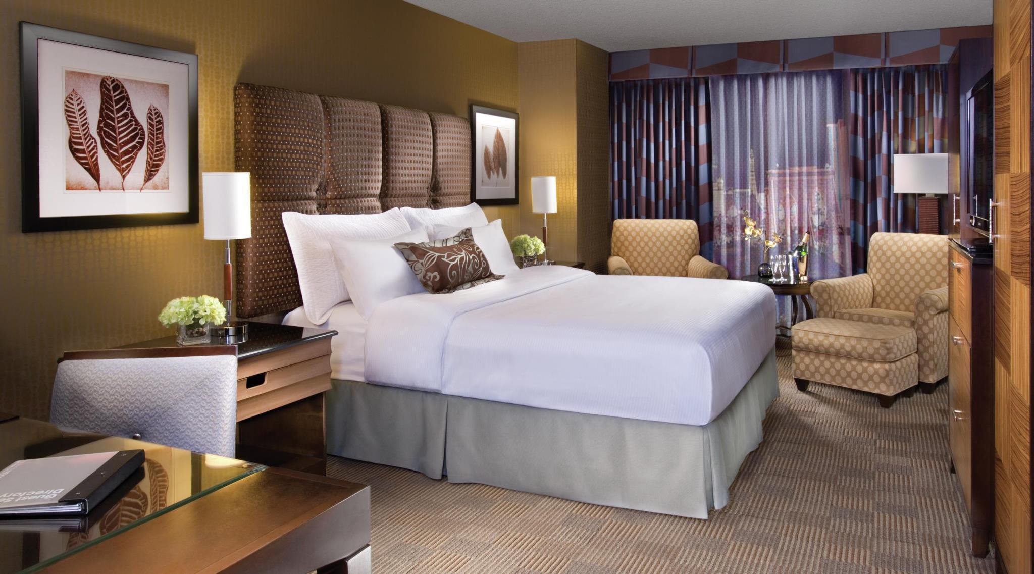 Best Hotels -271050