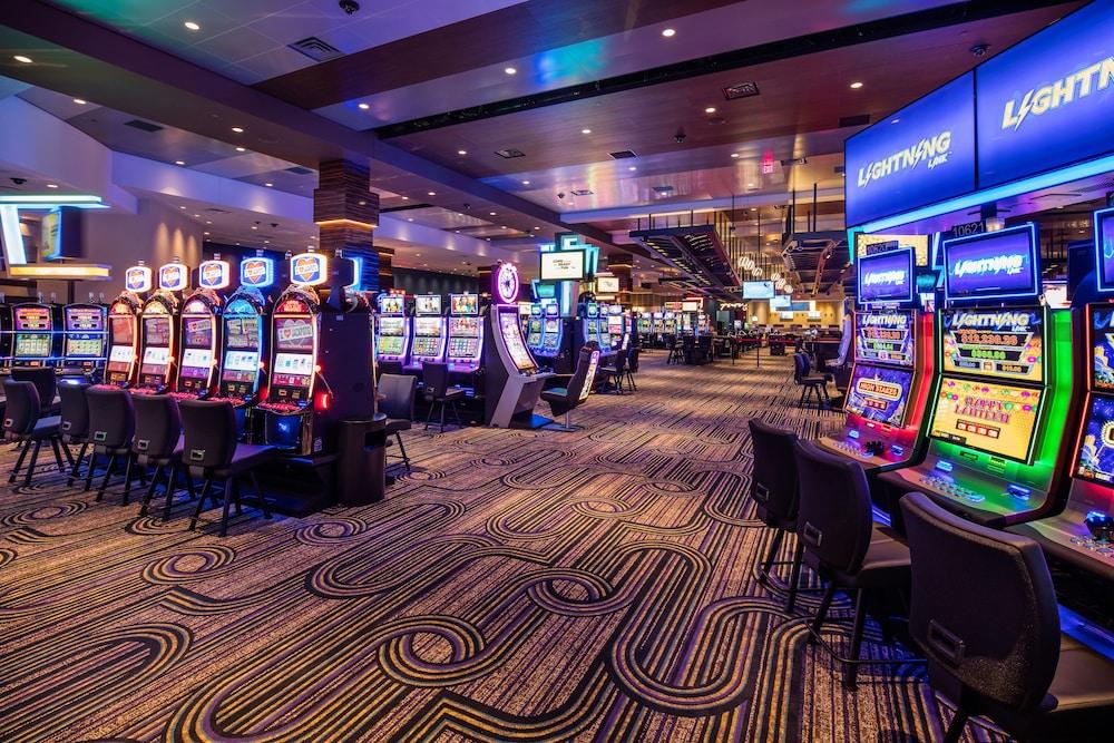 Finding Casino -701091