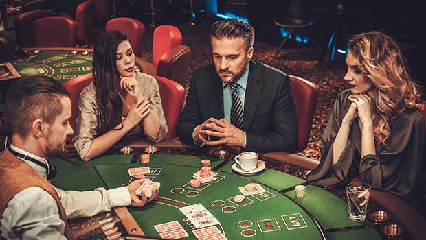 Professional Gambler -995636